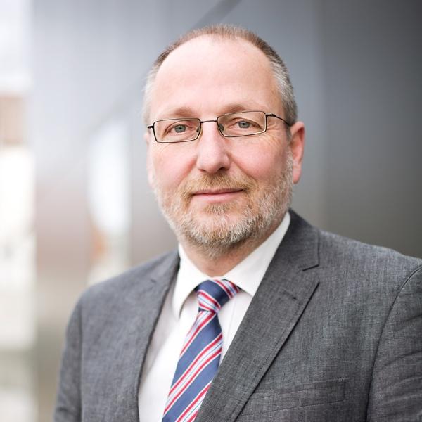 Dr.-Ing. Michael Koch - dr-michael-koch-siedlungswasserbau-universitaet-stuttgart